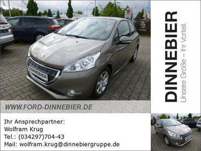 gebraucht Peugeot 208 Active 3T 1.4 70kW Tempomat LM-Felgen Gebrauchtwagen, bei Autohaus Dinnebier GmbH