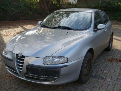 gebraucht Alfa Romeo 147 Alfa 1.6 T.Spark Progression Sportsitze LM-Felgen