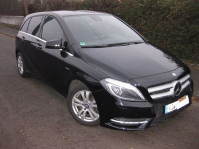 gebraucht Mercedes B180 CDI (BlueEFFICIENCY) 7G-DCT SPORTPAKET