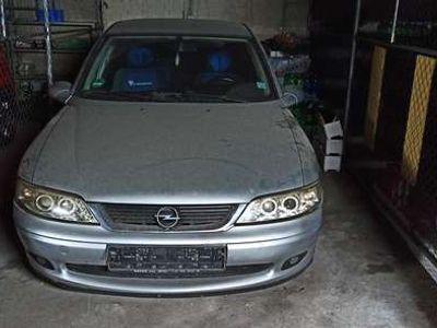 gebraucht Opel Vectra 1.8 Sport