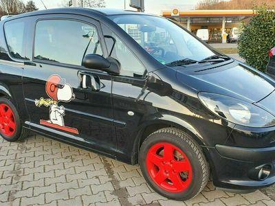 gebraucht Peugeot 1007 Premium 1,6 Hdi / KLIMA / EURO 4 / PDC als Kleinwagen in Niefern
