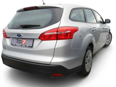 gebraucht Ford Focus Focus1.5 TDCi Business StartStopp Navi Klima