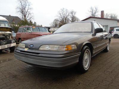 gebraucht Ford Crown Victoria Crown
