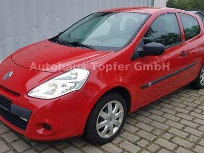 gebraucht Renault Clio III GPS ** Winterräder ** Klimaanlage **