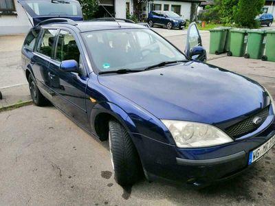 gebraucht Ford Mondeo TÜV 12 /2021 EZ05/2001