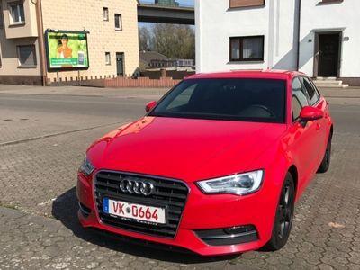 gebraucht Audi A3 Sportback*Navi*SHZ*Bi-Xenon*AHK*S-Line*