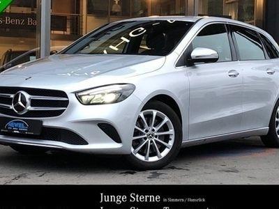gebraucht Mercedes B250 PROGRESSIVE*NAVI*LED*SITZHEI*PDC*AUTOMATIK