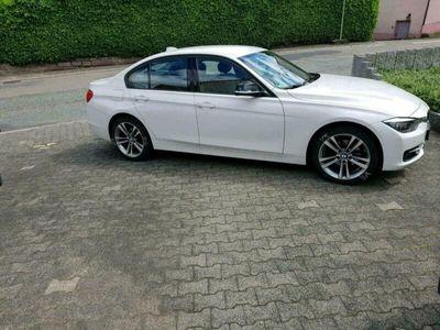 gebraucht BMW 320 i Limousine Sport Line Ausführung