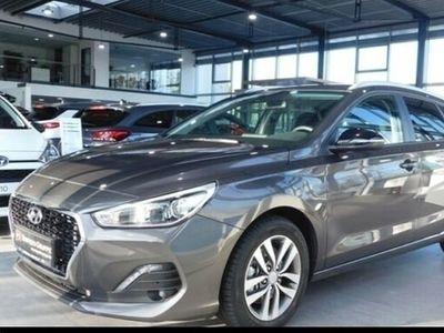 gebraucht Hyundai i30 NEW KOMBI (MJ19) 1.4 TURBO 7-DCT SONDEREDITI