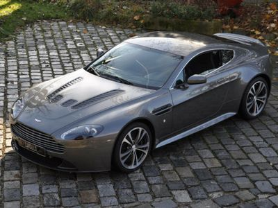 gebraucht Aston Martin V12 Vantage Handschalter! erst 18.905 km!