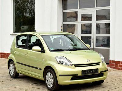 gebraucht Daihatsu Sirion 1.0 mit KLIMA & TÜV