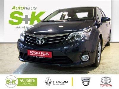 gebraucht Toyota Avensis Lim. Life 1.8 Sitzheizung Navi Rückfahrkamera