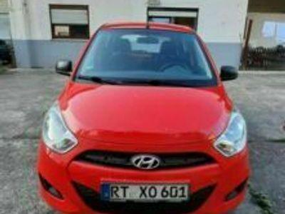 gebraucht Hyundai i10 1.1 mit Winterreifen und Neu T...