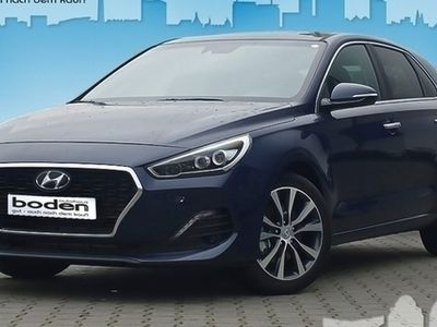gebraucht Hyundai i30 5-Türer 1.6 CRDi Premium NaviP SitzP 6d-TEMP