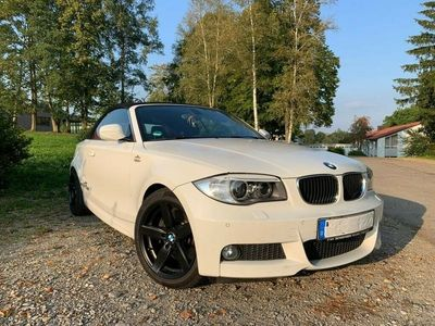 gebraucht BMW 123 Cabriolet d Limited Edition Lifestyle mit M ... als Cabrio/Roadster in Rot an der Rot-haslach