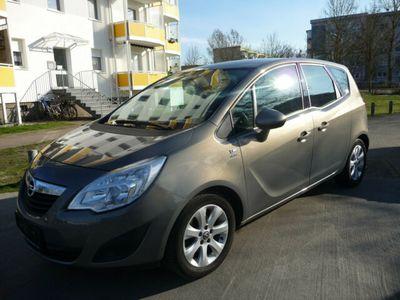gebraucht Opel Meriva 1.4 Active Klima