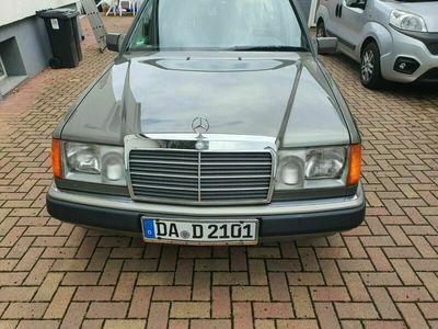 gebraucht Mercedes 230 TE fast 30 Jahre alt