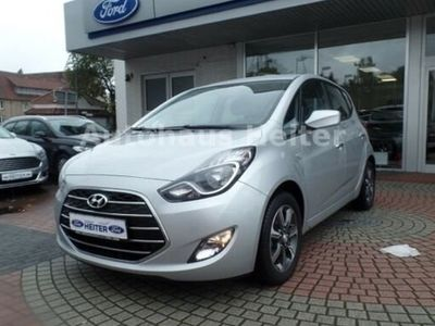 gebraucht Hyundai ix20 1.6 YES! Silver / Sitzhzg. / Tagfahrlicht
