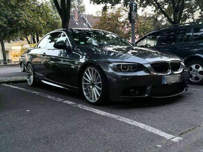 gebraucht BMW 335 Cabriolet i Aut. Viele Extras, Tüv neu als Cabrio/Roadster in Hannover