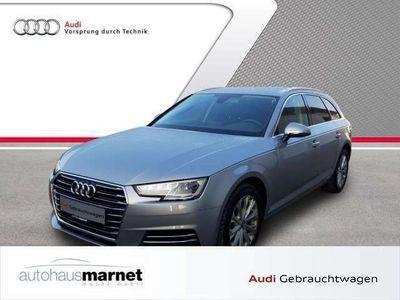 gebraucht Audi A4 Avant Design 2.0 TDI Navi Xenon Einparkhilfe