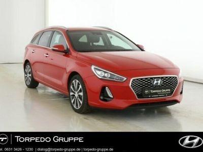 gebraucht Hyundai i30 NEW KOMBI 1.4 TURBO PREMIUM NAVIGATIONSPAKET