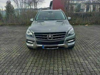 gebraucht Mercedes ML350 BlueTEC 4MATIC 7G-TRONIC Edition 1