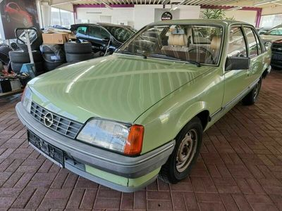 gebraucht Opel Rekord 1.8 Fahrzeug aus 1. HAND 66.TKM Tüv NEU