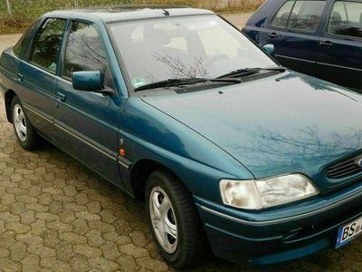 gebraucht Ford Escort Fast-Ghia mit TÜV 3/23