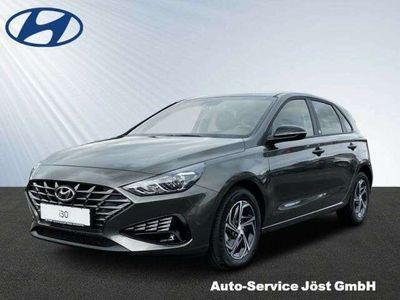 gebraucht Hyundai i30 1.0 T-GDI EDITION 30 Jahre -KAMERA-ALU-APPLE