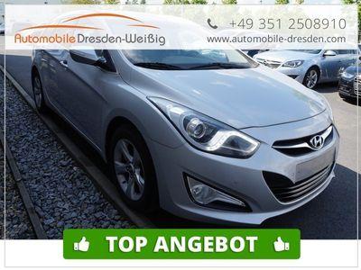 gebraucht Hyundai i40 1.7 CRDI cw Style*Navi*Sitzh*Einparkhilfe