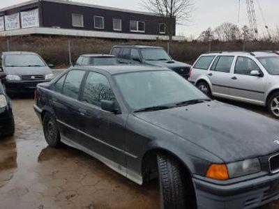 käytetty BMW 318 3er