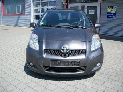 gebraucht Toyota Yaris 1.4 D-4D Life
