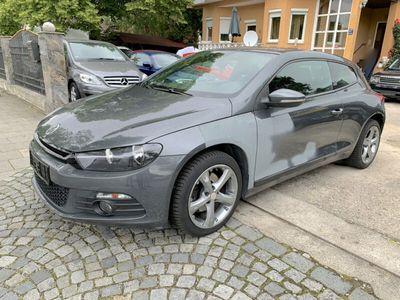 usado VW Scirocco 2.0 TDI Sport *Leder*Navi*EURO5*