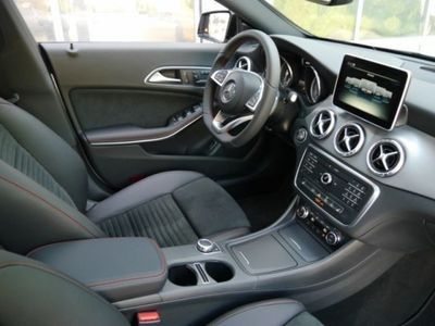 gebraucht Mercedes CLA250 Shooting Brake 4M AMG Line,Night,Navi,Pano,SHZ,ILS