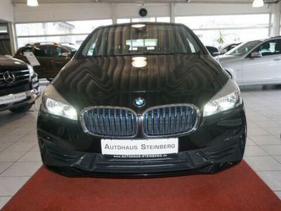 gebraucht BMW 225 xe iPerfor AUTOMATIK+NAVIGATION+SHZ+EINPARKH