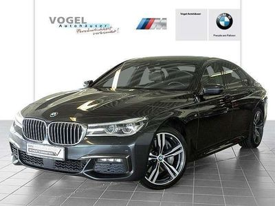 gebraucht BMW 750 i xDrive Limousine M Sportpaket Euro 6 Navi Prof R