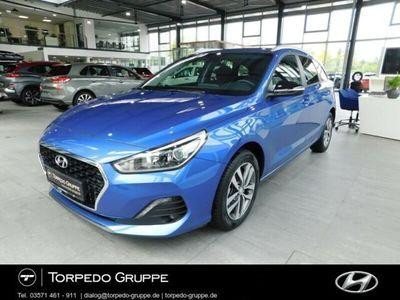 gebraucht Hyundai i30 NEW KOMBI (MJ19) 1.4 TURBO SONDEREDITION YES