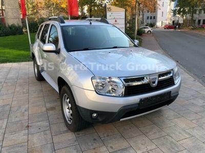 gebraucht Dacia Duster 1,6 Laureate 4x2 Klima AHK
