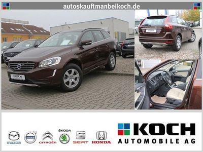 gebraucht Volvo XC60 D3 DPF 2WD Momentum Aut. Leder Bildschirme ht