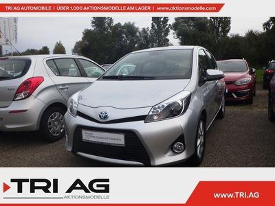 gebraucht Toyota Yaris Club Hybrid 1.5 VVT-i Navi Keyless LED-hin