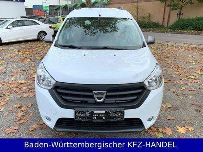 gebraucht Dacia Dokker Celebration NAVI / Klima / Tempomat / LMF