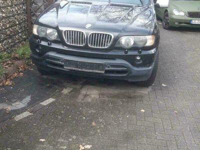 gebraucht BMW 320 x 5 4.4 Liter v8ps