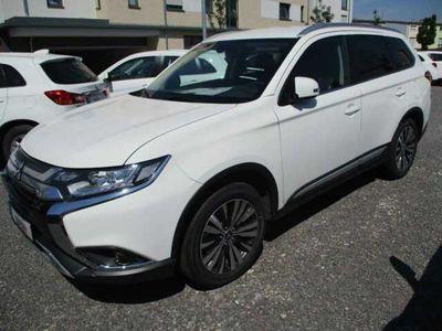 gebraucht Mitsubishi Outlander 2.0 2WD CVT Active*Navi\/KAMERA\/SHZ*