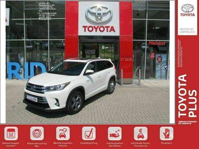 gebraucht Toyota Highlander Hybrid LTD bei Gebrachtwagen.expert