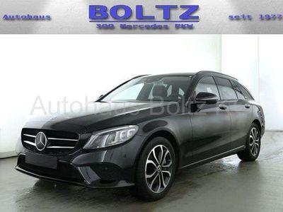 gebraucht Mercedes C400 Neu T 4M ENp. 73600- Pano ABC KGo 3x High-E