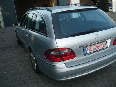 gebraucht Mercedes E200 E -Klasse T-ModellKOMPRESSOR,ATM;