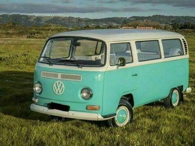 gebraucht VW T2 ( 1969 ) komplett restauriert.