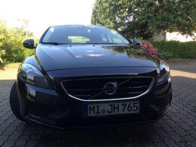 gebraucht Volvo V40 D3 Momentum
