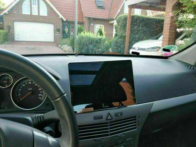 gebraucht Opel Astra 1.9 CDTI Schräghecklimousine Navi Tempomat