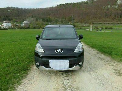 gebraucht Peugeot Partner Tepee 1,6 Benziner, schwarz